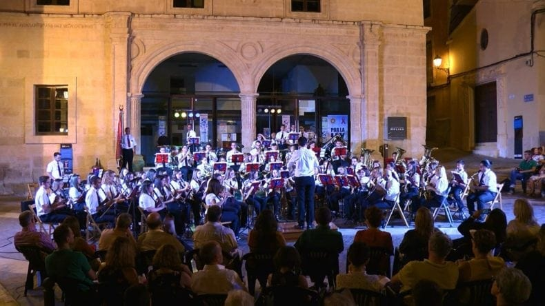 banda-julian-santos-completa-festival-jumilla