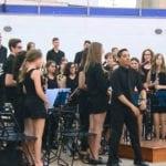 Multitudinario concierto en beneficio de Cruz Roja Española