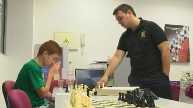 Curso de verano de ajedrez impartido por el Maestro Fide Alejandro Castellanos