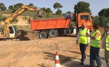Fomento realiza obras de mejora en la carretera de Albatana