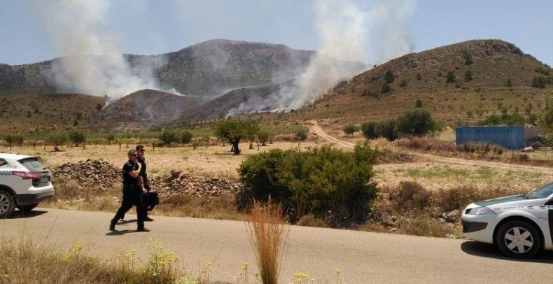incendio sierra buey jumilla fuerzas seguridad