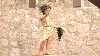 niño-uvas-jumilla