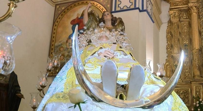 La Junta Central de Hermandades realizará una alfombra de serrín y una petalada en honor a Nuestra Señora de la Asunción