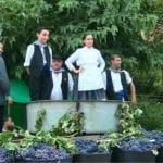 Las peñas La Unión, La Bodeguica y los Soyaos obtienen los primeros premios del Concurso de Pisaores de Uva