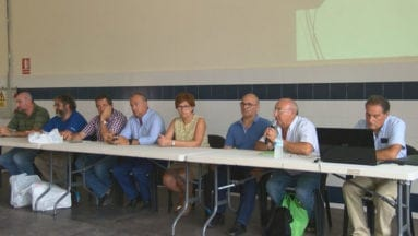 Representantes de las insitituciones local y regional así como de organizaciones agrarias