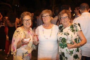 señoras-disfrutan-fiesta-exaltacion-jumilla