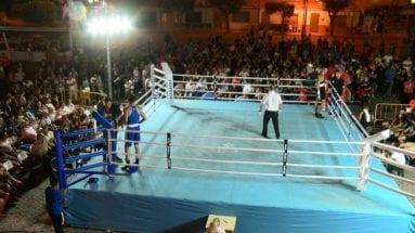 numeroso-publico-en-velada-boxeo-jumilla