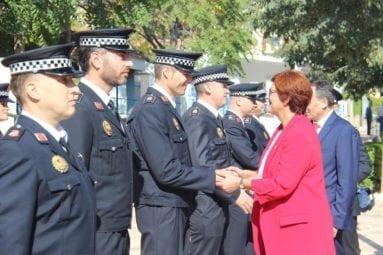 alcaldesa-saluda-policia-local-jumilla1