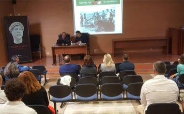 Cayetano Herrero presenta en Cieza y Yecla dos ponencias y un libro sobre los aljibes de las tendidas del esparto en Jumilla