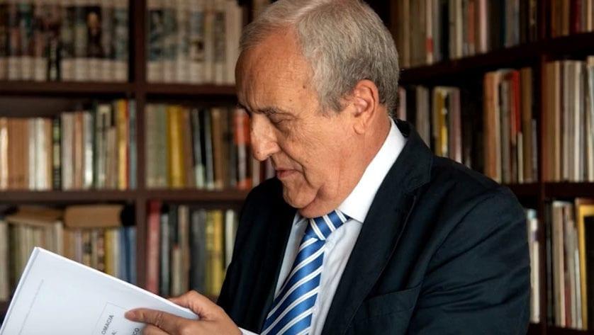 El profesor jumillano Miguel Hernández Mateo, doctor en Ingeniería ha analizado en profundidad la tesis de Pedro Sánchez