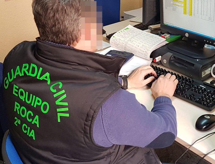 La Guardia Civil detiene a dos personas dedicadas a cometer estafas en el sector agrícola