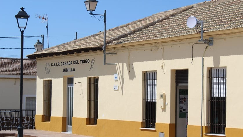 La Plaza de las Escuelas de la Cañada del Trigo contará con zona de sombra