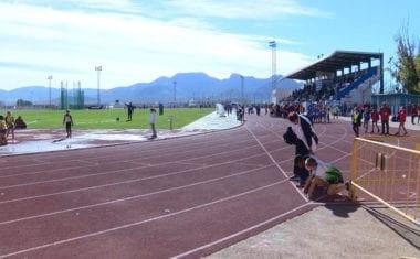 La primera competición en pista de la temporada se celebró en nuestra localidad
