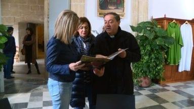 parroco-santiago-jumilla-recibe-visita-directora-general-cultura
