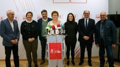 guardiola-jumilla-y-diputados-socialistas