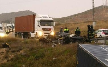 Una jumillana sufre un accidente grave en Yecla