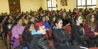 Alumnas conferencia Iuculano Jumilla