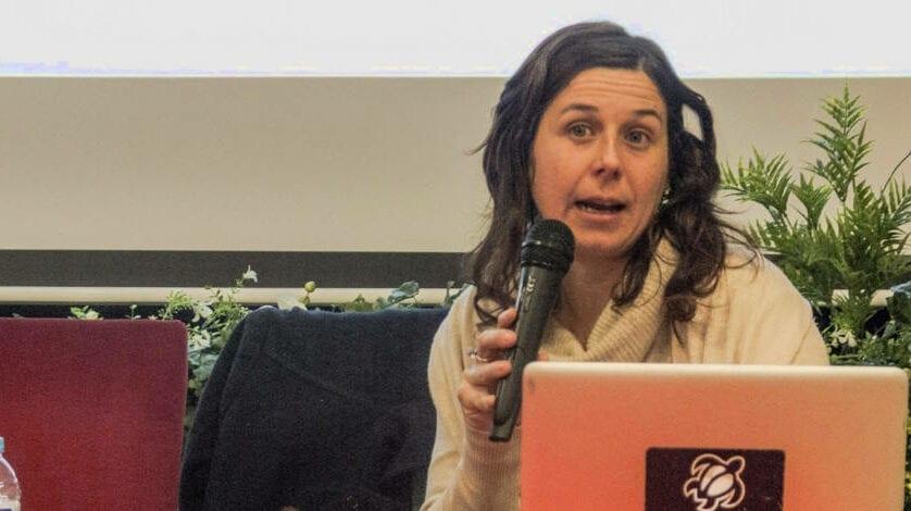 La investigadora Francesca Iuculano habló sobre el cambio climático desde el Hespérides