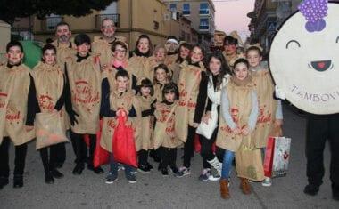 La Cabalgata de los Reyes Magos llenó de ilusión y fantasía las calles de Jumilla
