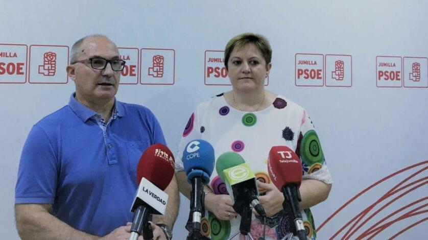 Para el socialista Juan Gil el PP está desesperado por los próximos resultados electorales