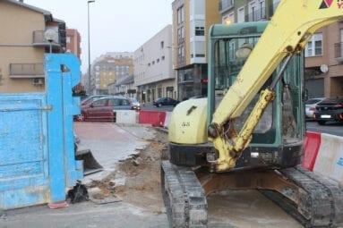 Las máquinas ya trabajan en la Plaza del Camionero