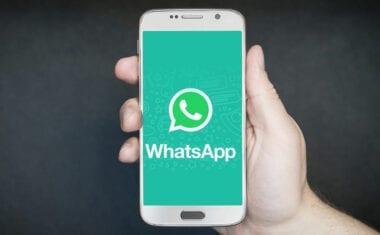 WhatsApp solo permite ahora el reenvío de mensajes a 5 chats