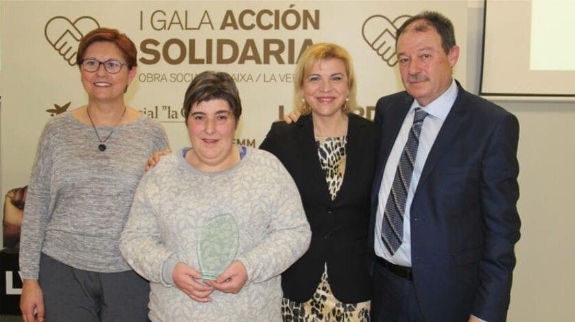 Aspajunide recibe el premio de la I Gala Acción Solidaria