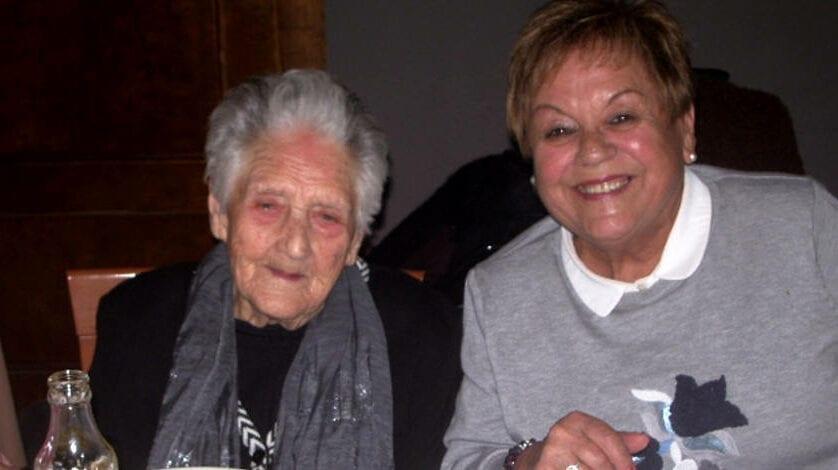 Magdalena García Ros cumple 105 años arropada por sus familiares