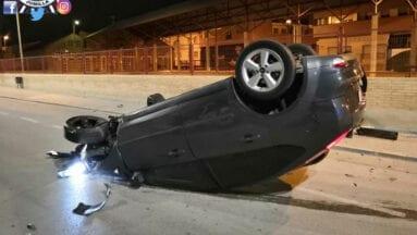 vehículo accidentado avenida libertad