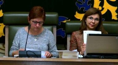 Alcaldesa y secretaria Pleno Jumilla