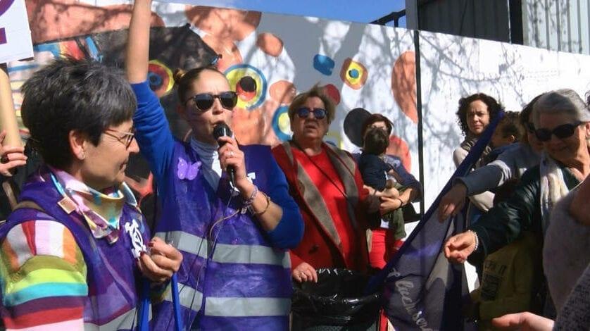 Jumilla reivindica la igualdad de la mujer con una manifestación
