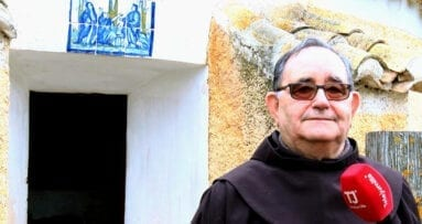 Padre Guardian ante Capilla Trinidad Santa Ana Jumilla