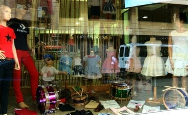Robo tienda ropa infantil Jumilla