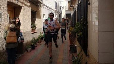 Gumersindo Esteve de Hinneni Trail Running durante su carrera