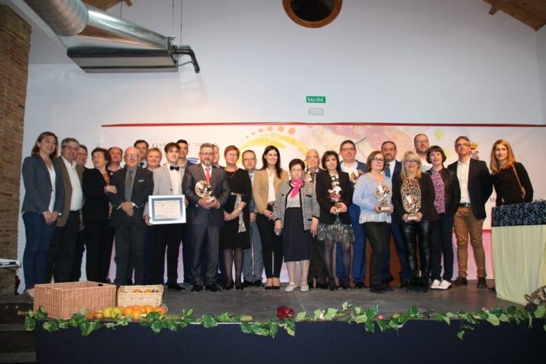 Galardonados, autoridades y patrocinadores de los II Premios de la Gastronomia