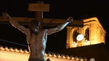 El Cristo del Perdón presidió el Solemne Víacrucis