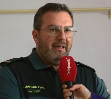 El cabo José Antonio Saorín ha sido el encargado de impartir la charla