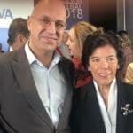 Andrés Carlos López recibe un premio nacional de manos de la Ministra de Educación