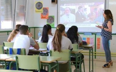 Alumnos de los Centros Concertados Cruz de Piedra y Santa Ana han participado en el programa '4º + Empresa'