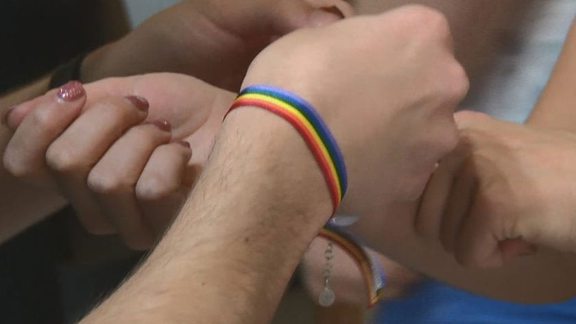 Pulseras conmemorativas del Orgullo LGTB
