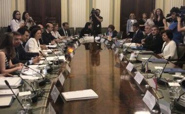 La Comunidad reclama al Estado que amplíe las ayudas de inversiones al sector del vino