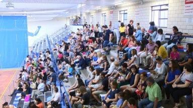 Los padres y madres llenaron la grada del Municipal Carlos García
