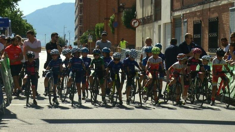 Tras la Copa Cadete dieron comienzo las carreras de las Escuelas de Ciclismo