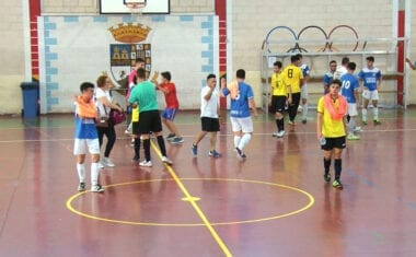 Los juveniles de la Escuela Bodegas Carchelo continúan en la pelea por el campeonato