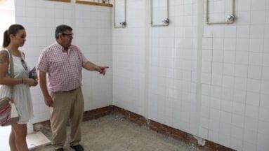 CEIP Carmen Conde convierten las duchas en almacén