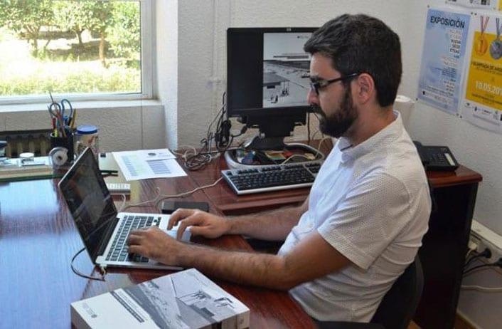 Ricardo Carcelén en su despacho