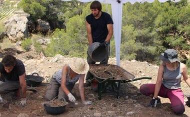 Se excava un poblado de la Edad del Bronce en Jumilla