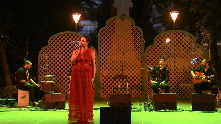 Actuación musical de copla con Anabel Collado