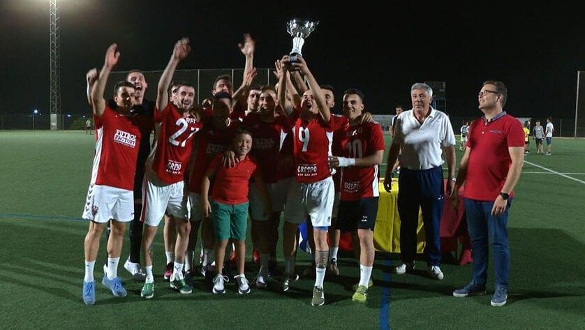 Construcciones y Reformas Crespo se proclama campeón del I Torneo de Fútbol 7 Francisco Lozano 'Rasina'