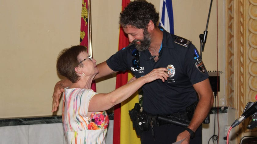 El cabo de la Policía Local, Antonio Guardiola y el agente Yeray Molina impartieron los cursos